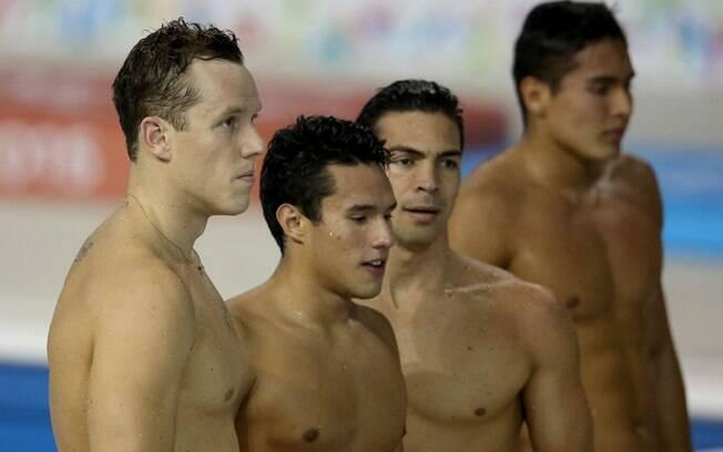Equipe brasileira que nadou a eliminatória do revezamento 4x200 m livre. Foto: Satiro Sodre/SSPress