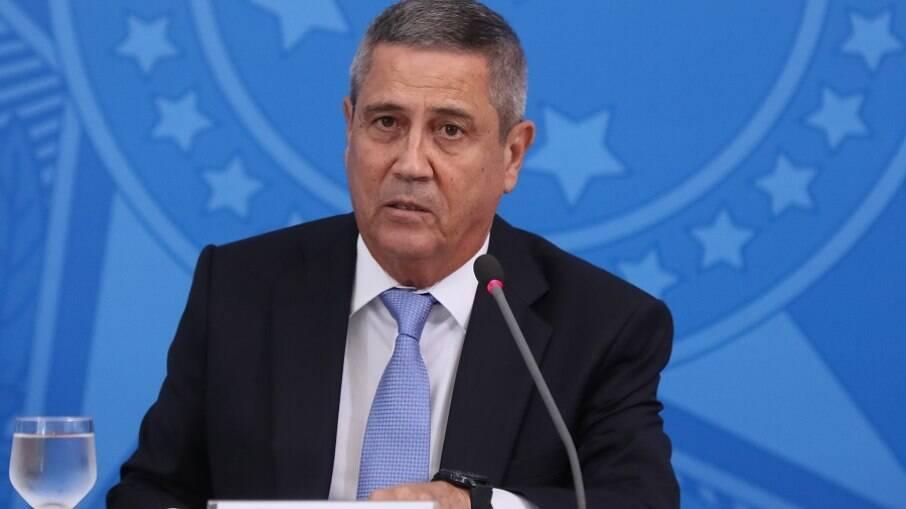 Braga Netto, ministro da Defesa; à frente da Casa Civil, liderou Cimitê de Crise do governo Bolsonaro