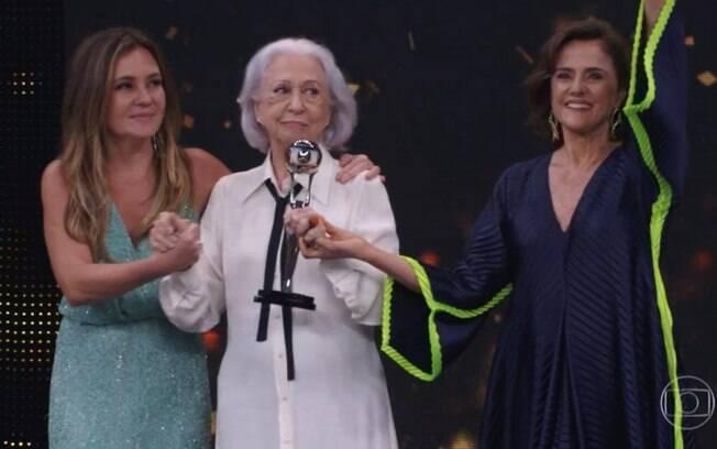 Adriana Esteves, Fernanda Montenegro e Marieta Severo no Melhores do Ano