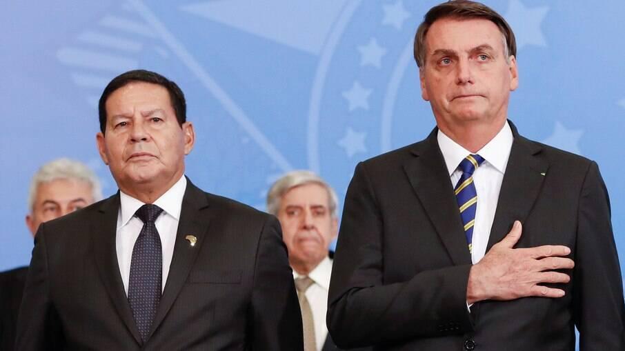 Na onda de Bolsonaro, Mourão diz que STF está 'extrapolando os limites'
