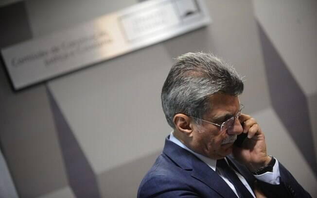 Senador Romero Jucá (PMDB-RR) teria consultado a Odebrecht e enviado rascunhos de MP à construtora
