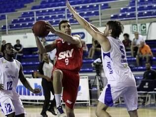 ESPORTES - Fotos,jogo de basquet da NBB Minas x Pinheiros  FOTO:ORLANDO BENTO/LNB/ DIVULGAÇAO - 11.01.2014