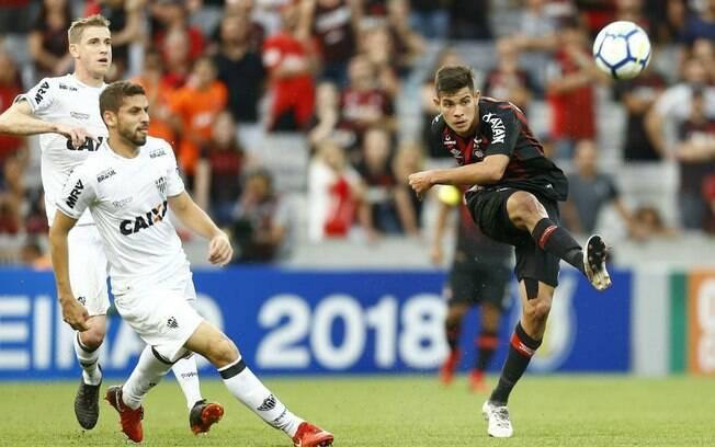 Atlético-MG venceu o xará do Paraná