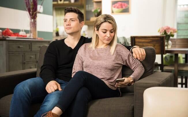 A tecnologia pode atrapalhar o casamento em caso de traição, pois facilita o surgimento de sinais