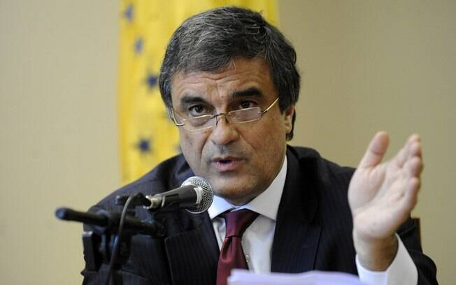Na Esplanada desde 2011, José Eduardo Cardozo permanece no Ministério da Justiça