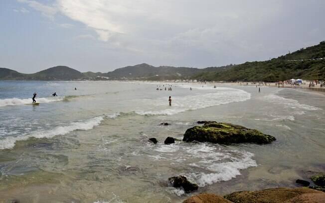 Praia do Rosa tem um ar rústico-chique que encanta os turistas