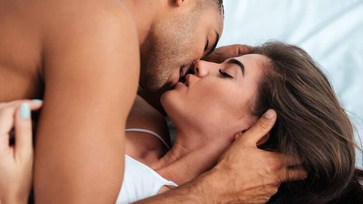 Sexoterapeutas que se unen en el sexo