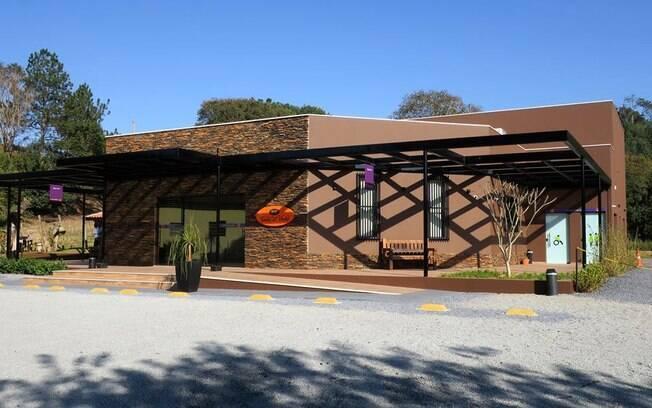 Rota do vinho em São Roque: a Terra do Vinho tem espaço para degustação, cantina e loja de souvenirs