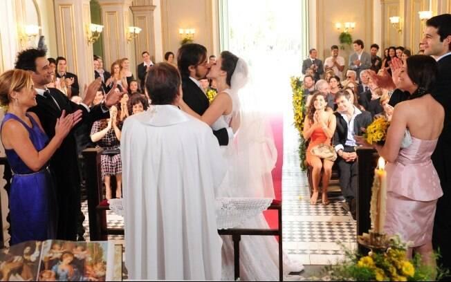 Abelha e Cristiano no momento 'pode beijar a noiva'