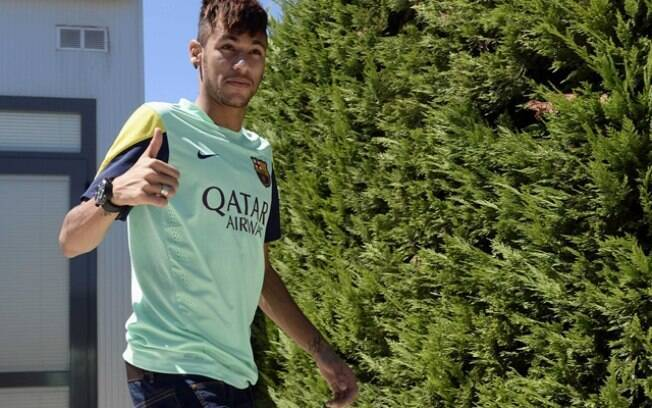 Neymar concedeu entrevista coletiva nesta  quinta-feira (01/08/2013)