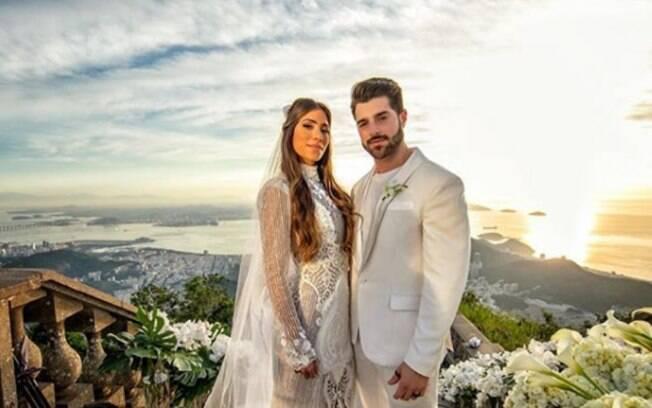 Romana e Alok deram o que falar depois de escolher fazer um casamento de dia bem cedo, logo ao nascer do Sol