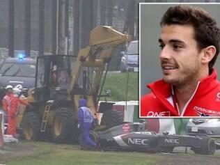 Na 43.ª volta da prova, o piloto da Marussia perdeu o controle do carro na Curva 7 e acabou atingindo um guindaste que estava parado ao lado da pista