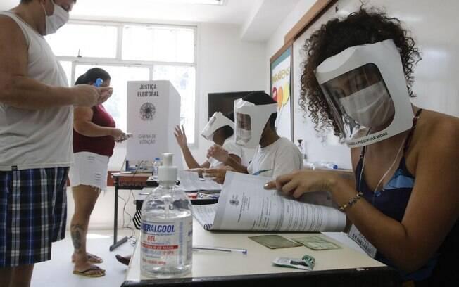 Neste domingo, eleitores de 57 municípios voltam às urnas para o 2° turno