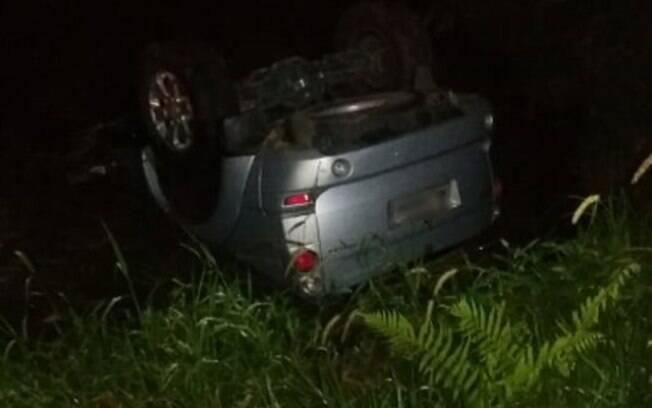 Carro do candidato Major Costa e Silva sofreu ataque a tiros; ele passa bem