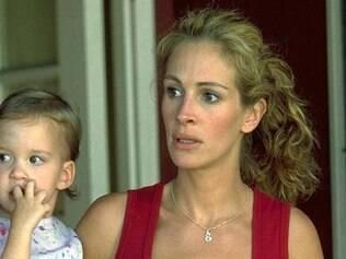 Erin Brockovich (Julia Roberts) lutou pelos filhos dela e os de outras mulheres