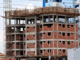 Demissões na área de construção civil contribuíram para a queda no mercado de trabalho