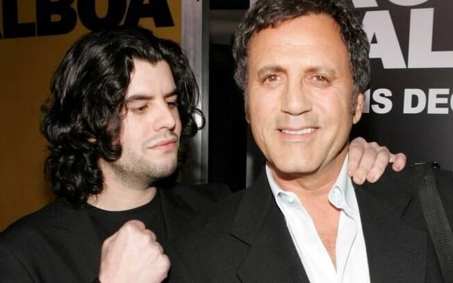 Sage Moonblood Stallone com o tio Frank Stallone em foto de 2006