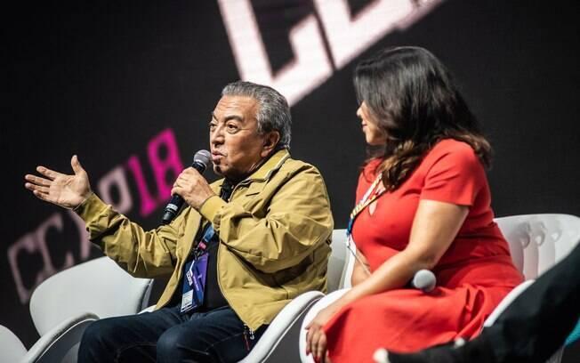 Mauricio de Sousa com os atores de