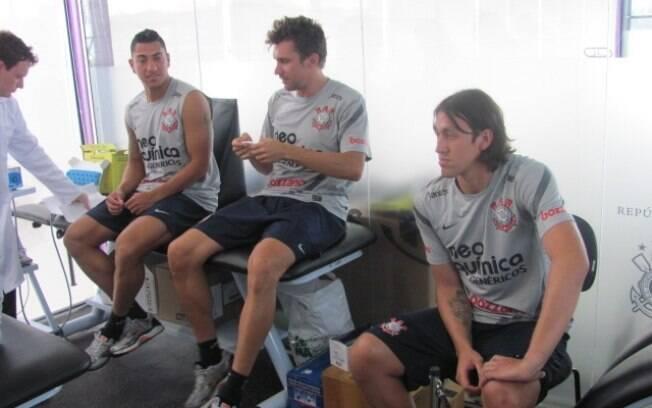 Paulo André e Cássio, novo goleiro do  Corinthians