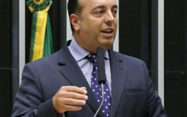 O deputado Fernando Franscischini (PR) é indicado do Soliedariedade para a comissão do impeachment.. Foto: Reprodução/Facebook