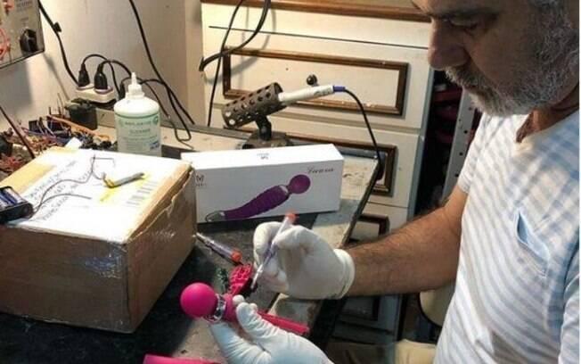 Bartô se tornou especialista em consertar vibradores