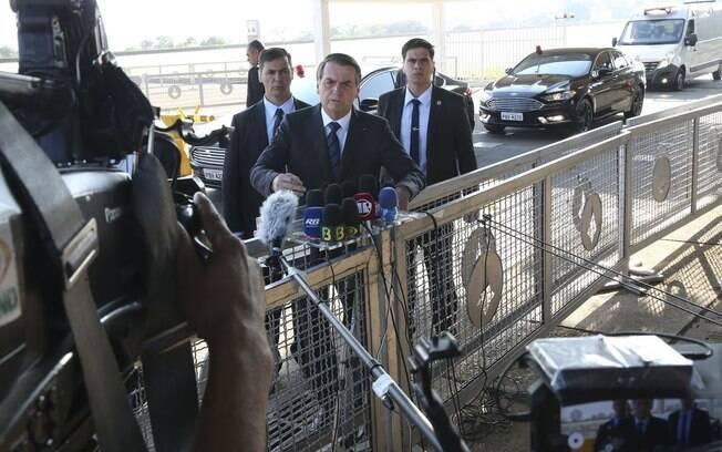 Bolsonaro recuou e disse estar disposto a ouvir Paulo Guedes sobre 'nova CPMF'