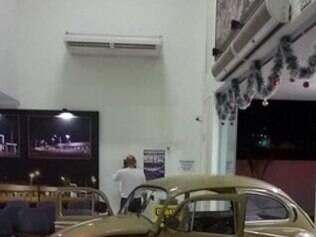 Homem usou veículo para entrar na UPA