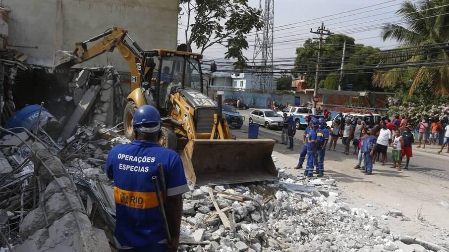 Casas demolidas pela prefeitura do Rio, em terrotório da milícia