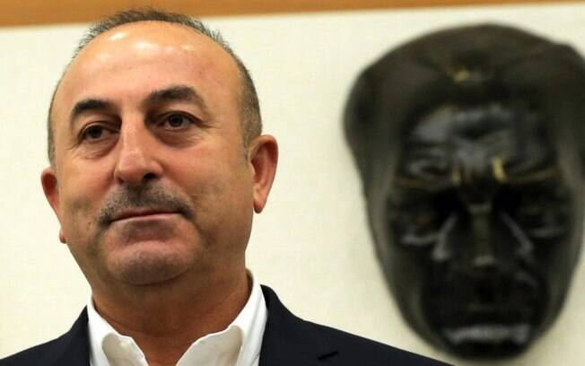 O ministro das Relações Exteriores da Turqui  considera insuficiente a explicação da procuradoria saudita.