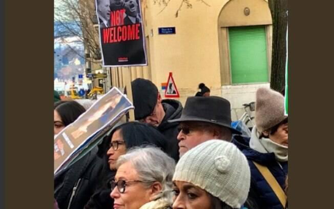 Manifestantes protestaram contra o Fórum Econômico Mundial, na Suíça e os líderes de direita