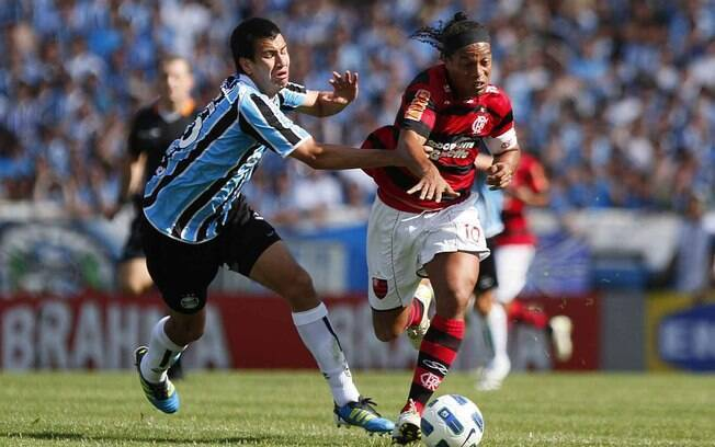 Em outubro de 2011, o Grêmio venceu o  Flamengo de virada por 4 a 2, em jogo que marcou a  volta de Ronaldinho ao Olímpico