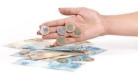 Crédito fica mais caro com aumento do IOF; veja simulações