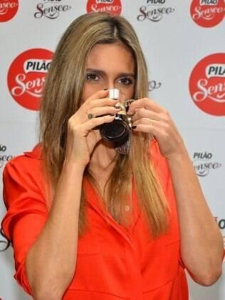 Fernanda Lima reafirma que a vida do casal é perfeita