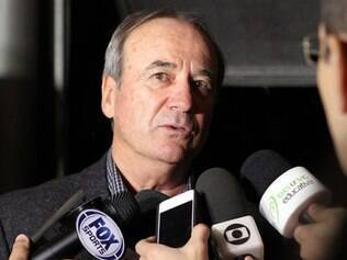 Técnico Levir Culpi concedeu entrevista durante o lançamento de seu livro em Belo Horizonte