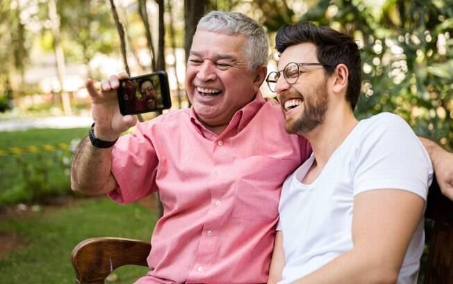 Um bom presente de Dia dos Pais pode ser uma viagem curta no final de semana passando o tempo junto em família