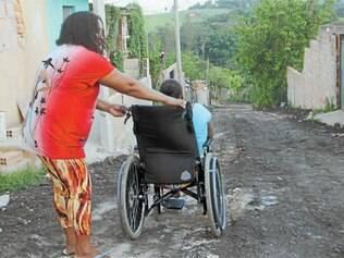 Moradores da região do Citrolândia ainda sofrem com ruas sem asfalto, o que prejudica a qualidade de vida