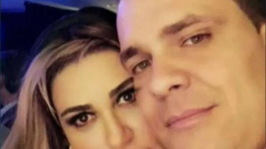Casal estava junto há 4 anos e teriam se conhecido por aplicativos de relacionamento