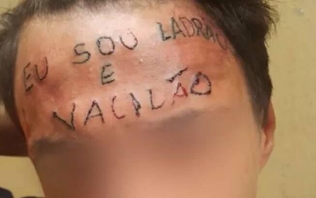 Jovem foi tatuado quando ainda era adolescente, em 2017