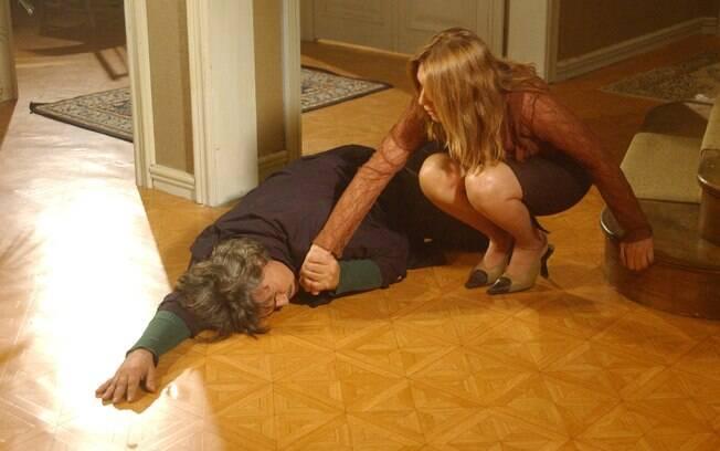 Nazaré Tedesco e José Carlos (Senhora do Destino, 2004)
