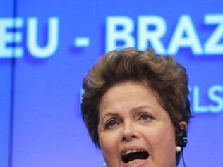 Brazilian President Dilma Rousseff addresses the media at the end of the EU-Brazil summit at the European Council building in Brussels, Monday Feb. 24, 2014. Rousseff is on a two-day visit to meet with various EU and Belgian officials. (AP Photo/Yves Logghe)