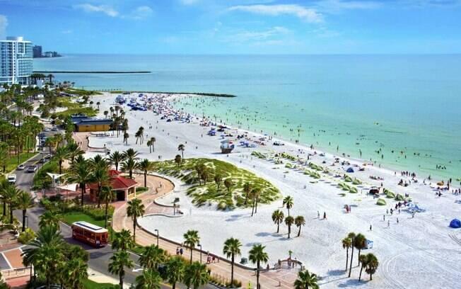 A Flórida também é conhecida pelas suas belas praias, que tal escapar dos parques e dar um pulinho para conhecer a Clearwater Beach?