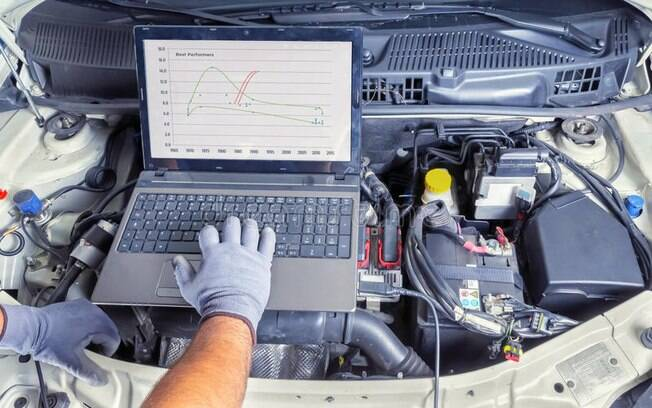 Tal como os sistemas de diagnóstico dos mecânicos, o novo aplicativo para carro revela qualquer problema
