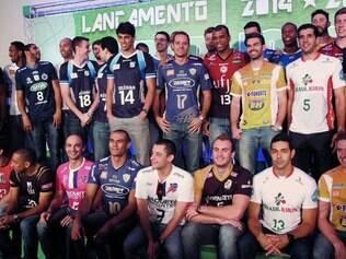 Lançamento. Jogadores das 12 equipes que vão disputar a Superliga masculina estiveram presentes no evento em hotel de São Paulo