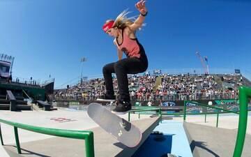 Mulheres ganham espaço em maior crescimento do skate em toda história