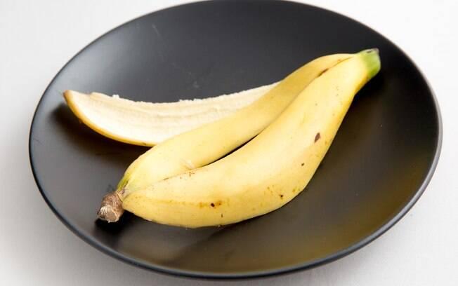 comer a casca da banana ajuda a emagrecer e melhora a qualidade do sono