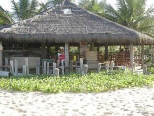 Barraca da Maria Nilza tem ótimo serviço de praia e arroz de polvo