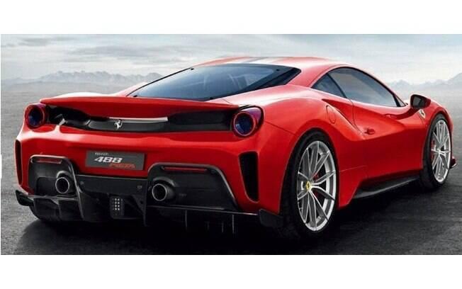Para muitos, a traseira é a parte da Ferrari que mais a representa.  Cada detalhe remete à esportividade da marca italiana