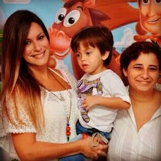 Juliana Gama, ex-mulher do ator, e o filho