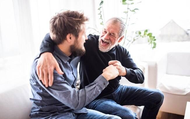 Saiba como escolher um bom presente de Dia dos Pais com base no perfil dele, seja ele tradicional, geek ou hippie