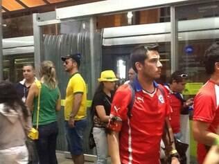 Volta até o centro foi viagem tranquila com brasileiros e chilenos